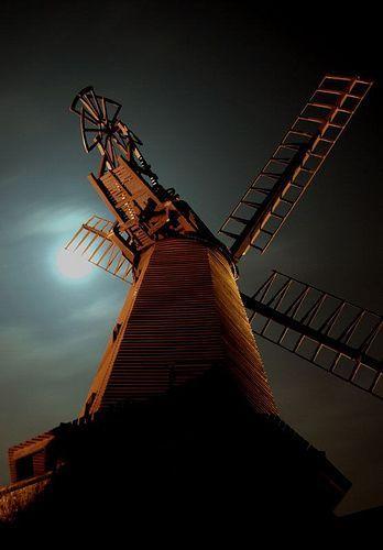 West Blatchington Windmill, por aneye4apicture