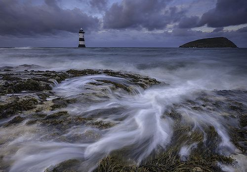 'Storm-Swell' - Black Point, Anglesey, por Kris Williams