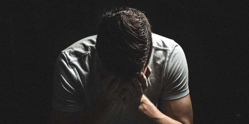 Stress, angoisse… face aux souffrances psychologiques liées à la crise, qui appeler ?