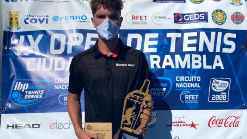 John Echeverria Campeón del IX Open de Tenis La Rambla
