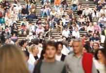 Românii, cei mai pesimiști europeni când vine vorba de economia națională