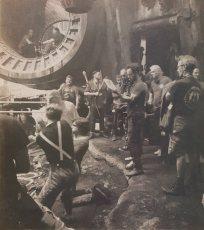 @RealRonHoward: Behind the scenes in a dark and strange new corner of the Galaxy #UntitledHanSoloMovie