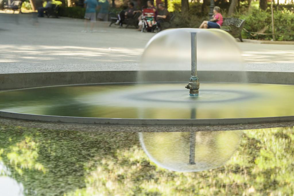 03. Sentada sobre el agua