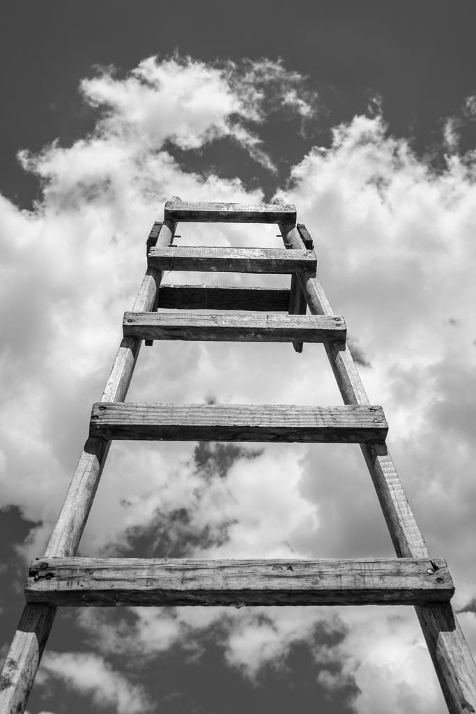 08. Escalera al cielo