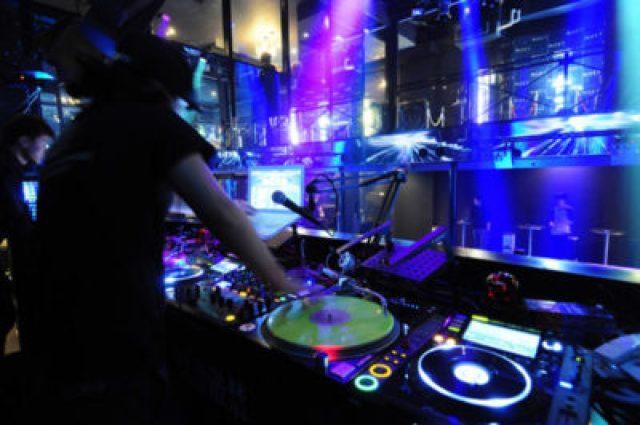 渋谷VISIONとは、渋谷人気のナイトクラブです。サウンドミュージアムヴィジョン、渋谷VISIONと呼ばれるクラブ、ライブハウスは渋谷で人気の大型クラブです。