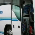 El primer equipo viaja a Noia en un bus de Autocares Pombo