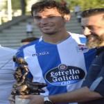 La familia de Antonio Meirás entregó los trofeos acreditativos