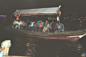 """Drewniana łódź – """"dhow"""""""