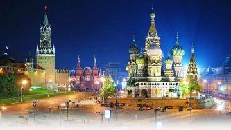 moskwa-nocą-kreml