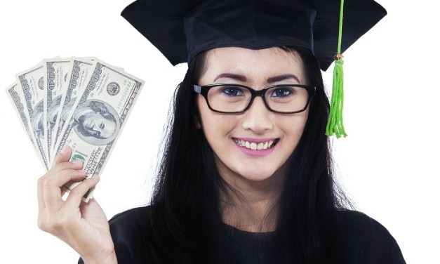Top 3 Money Tips for Recent College Graduates