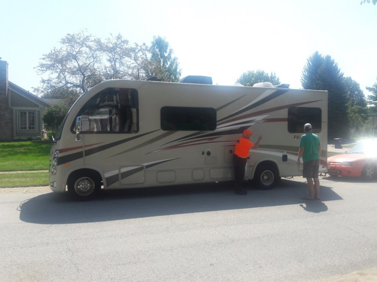 Does renting a RV sound like fun? We rented an RV this summer, and it isn't as expensive as you may think. Here are 5 ways to save on an RV rental!