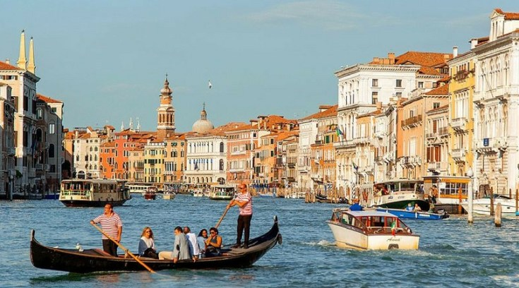 cheapest places to travel - venice