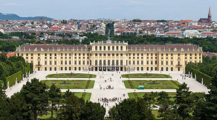 cheap places to travel vienna