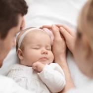 Mângâierea părinților și dezvoltarea bebelușului