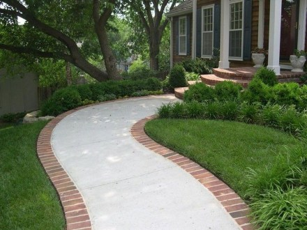 Comfy Front Yard Pathways Landscaping Ideas You Must Know14