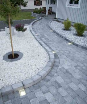 Comfy Front Yard Pathways Landscaping Ideas You Must Know33