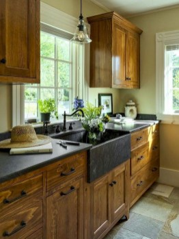 Cozy Farmhouse Kitchen Design Ideas To Try Asap06