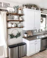 Cozy Farmhouse Kitchen Design Ideas To Try Asap08