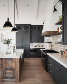 Cozy Farmhouse Kitchen Design Ideas To Try Asap10
