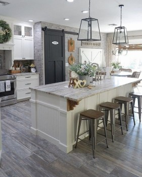 Cozy Farmhouse Kitchen Design Ideas To Try Asap23
