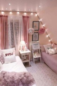 Delicate Tiny Bedroom Decor Ideas For Teens18