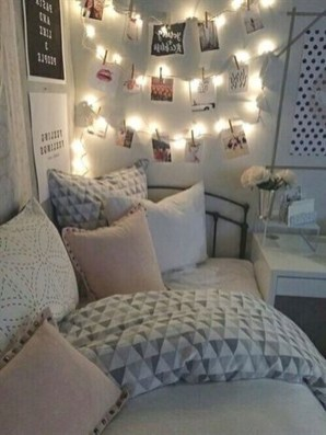 Inexpensive Master Bedroom Remodel Ideas For You45