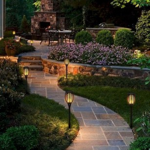 Lovely Backyard Garden Ideas That Looks Elegant41