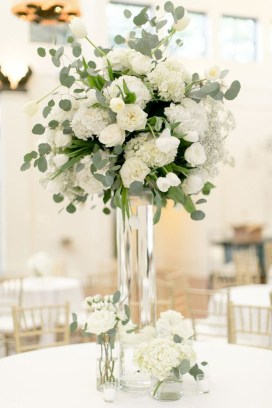 Stylish Lower Arrangements Ideas For Table Decorating29