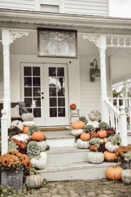 Stunning Fall Home Decor Ideas With Farmhouse Style34