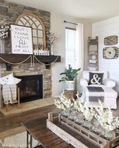 Wonderful Fireplace Makeover Ideas For Fall Home Décor01