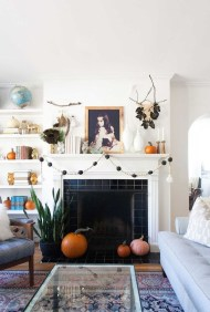 Wonderful Fireplace Makeover Ideas For Fall Home Décor13