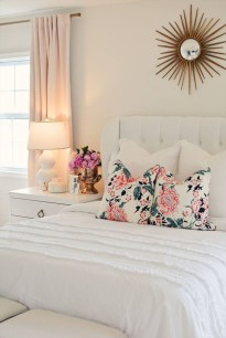 Cute Bedroom Makeover Design Ideas To Try Asap03