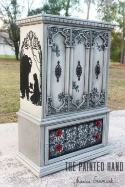 Extraordinary Old Furniture Ideas To Beautify The Decor07
