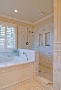 Fascinating Farmhouse Master Bathroom Remodel Ideas To Have Now14