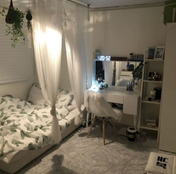 Modern Small Bedroom Design Ideas That Are Look Stylishly Space Saving38