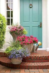 Pretty Planter Design Ideas For Summer Porch To Looks Amazing19