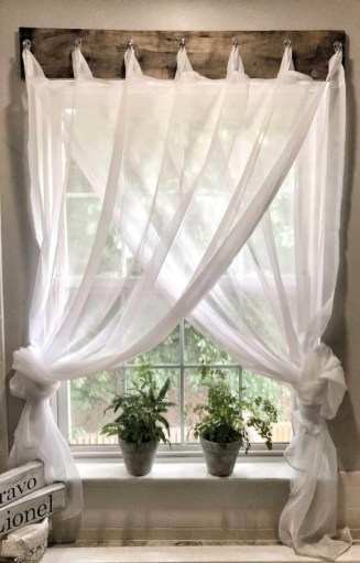 Spectacular Farmhouse Window Design Ideas To Copy Right Now42