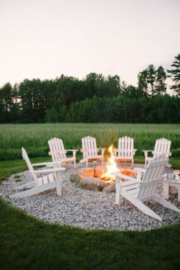 Superb Diy Fire Pit Ideas To Try In The Backyard09