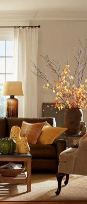 Unordinary Apartment Décor Ideas To Welcome The Autumn36