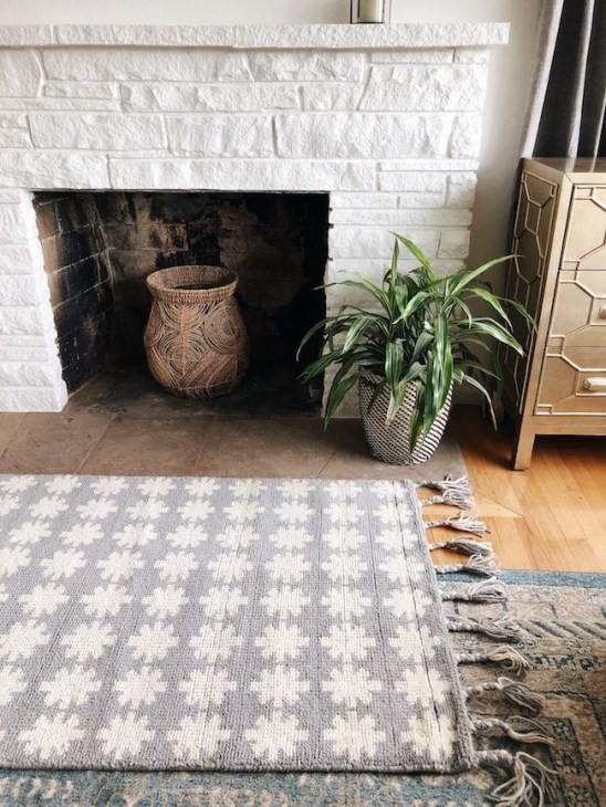Unusual Painted Rug Design Ideas For Relaxing Screened Porch41