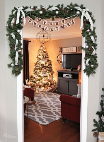 Adorable Christmas Home Design Ideas To Fun Up Your Home31