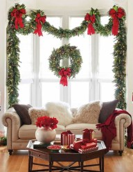 Extraordinary Christmas Living Room Decoration Ideas To Try Asap03