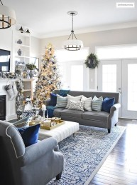 Extraordinary Christmas Living Room Decoration Ideas To Try Asap15