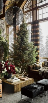 Extraordinary Christmas Living Room Decoration Ideas To Try Asap20