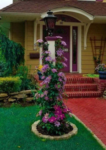 Fascinating Front Yard Landscaping Design Ideas To Try Right Now17