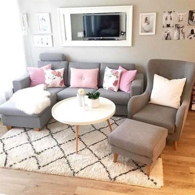 Hottest Small Living Room Decor Ideas For Your Apartment To Try06