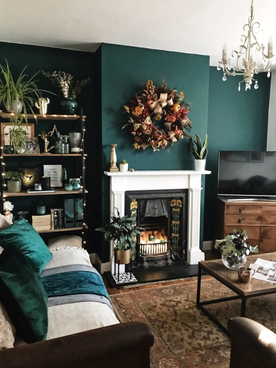 Hottest Small Living Room Decor Ideas For Your Apartment To Try15