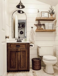 Trendy Farmhouse Bathroom Design Ideas To Try Right Now23
