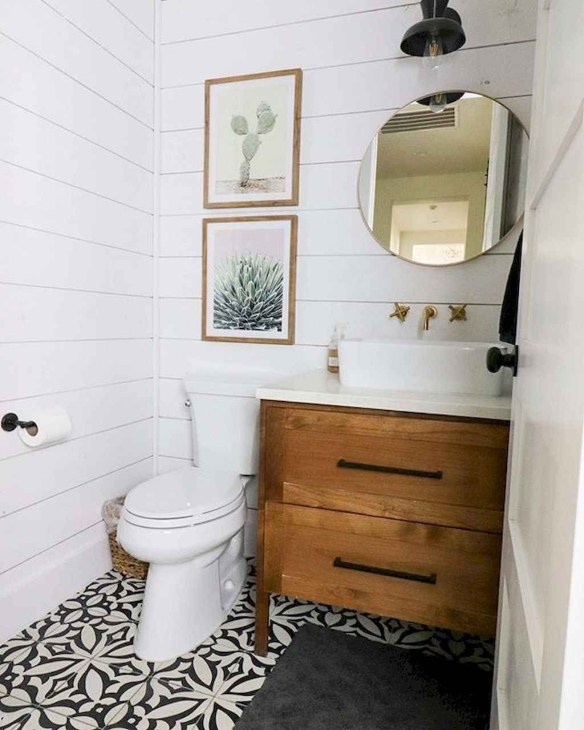 Trendy Farmhouse Bathroom Design Ideas To Try Right Now34