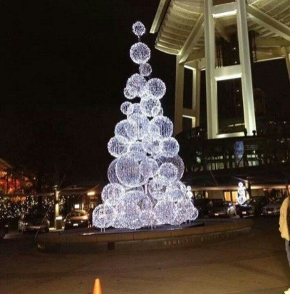 Unusual Diy Christmas Light Balls Ideas For Outdoor Decoration29